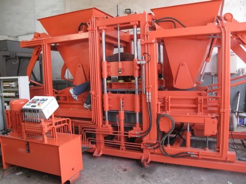 25MD Cement Kerbstone Machine